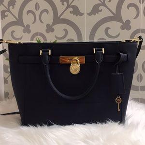 Michael Kors Hamilton Traveller Crossbody Handbag